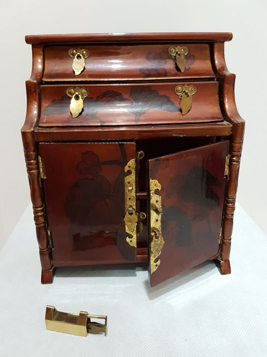 Chinese vintage secretaire jewellery box