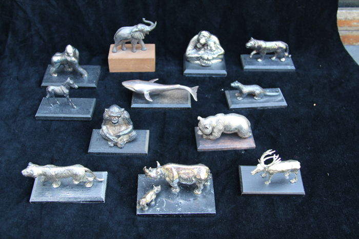 Collection of 12 silver-plated animals of the World Wildlife Fund