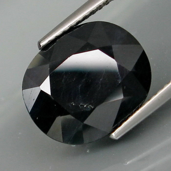 Sapphire of 9.07 ct