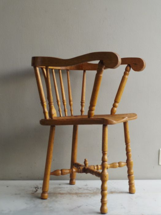 antique wooden high chair, rods seat, beautiful design - Antique Wooden High Chair, Rods Seat, Beautiful Design - Catawiki