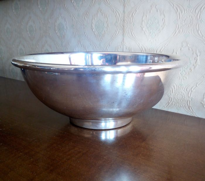 Heavy Centrepiece in silver plated brass - made in England - 1960s