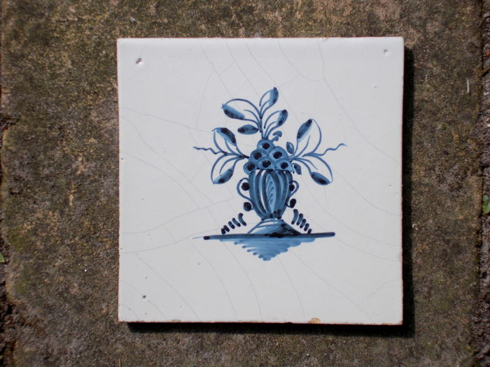 Rare, super intact tile with a flower vase, Holland, 18th century