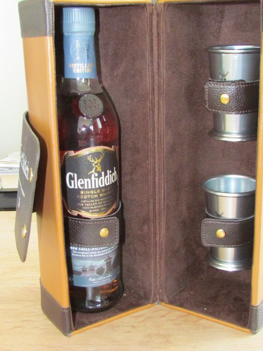 Glenfiddich 15 years old *distillery edition*  51% ABV ~non chill filtered~ Gift Pack