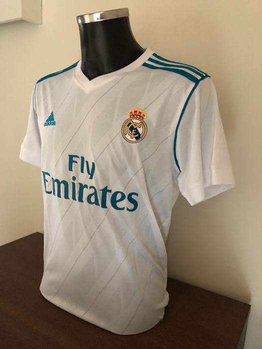 huge selection of 2bb75 9cf28 Lucas Vázquez signed Real Madrid home shirt 2017-2018 with ...