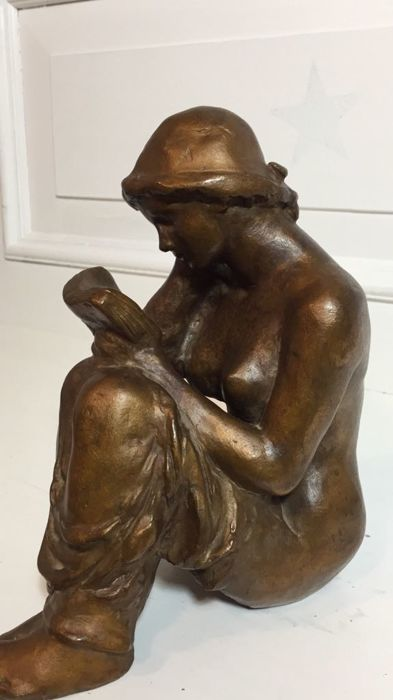 Kurt Zimmermann - Bronze figure of a young woman reading