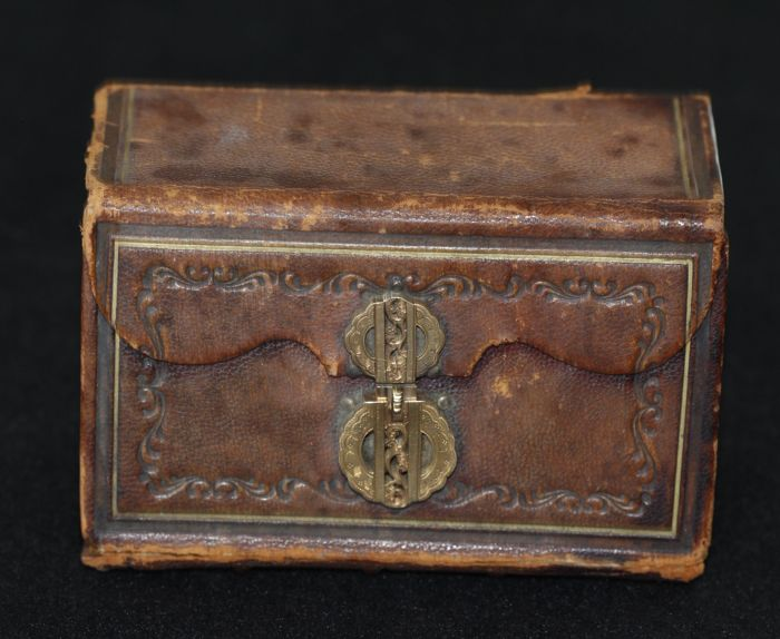 Leather Bible with golden clasp - 19th century