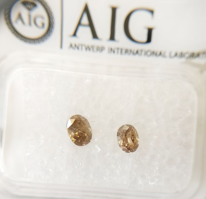Couple of 2 Oval cut diamonds total 0.58 ct Fancy Yellowish Brown SI2-I1 *** No Reserve ***