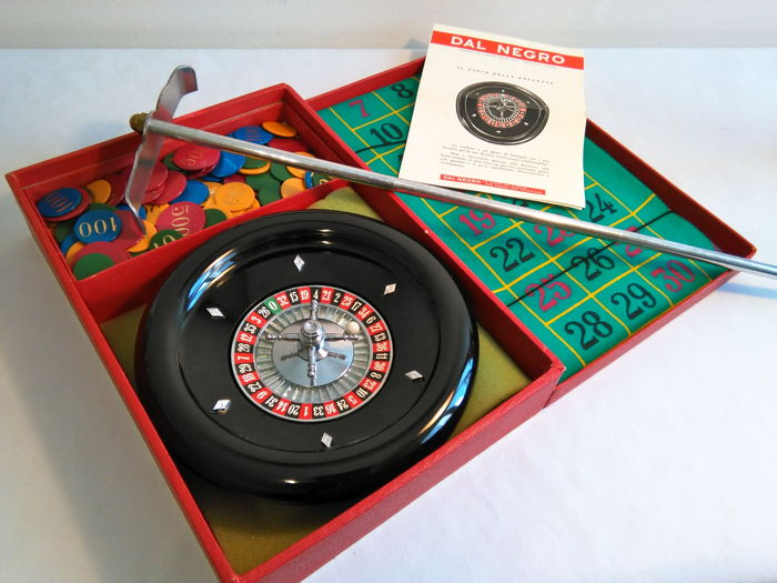 "Nice vintage game of roulette: original and complete ""Dal Negro"""