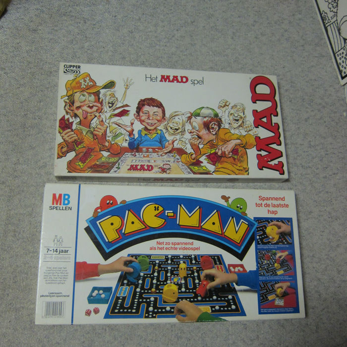 Pac-Man boardgame by MB, 1982 with rare green ghosts and mad boardgame