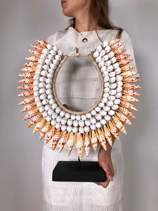 Decorative shell necklace on stand - Iatmul - Papua New Guinea