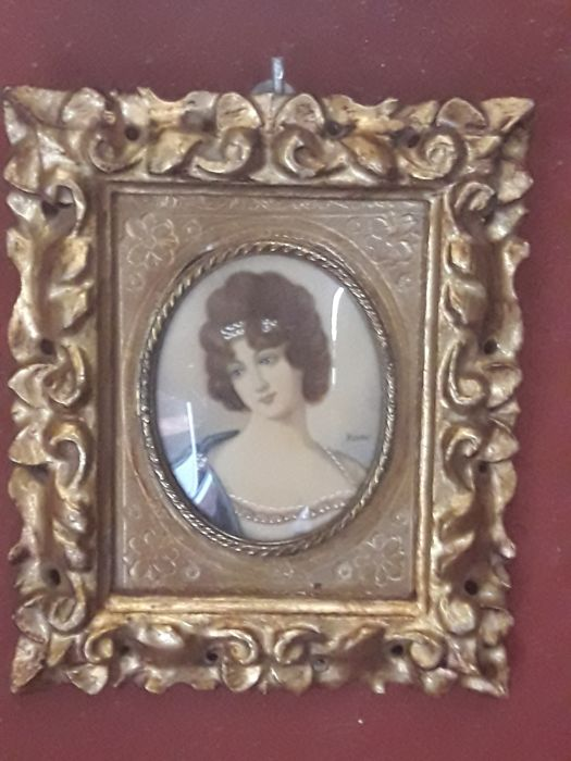 Miniature in polychromed frame, gouache painting - early 1900