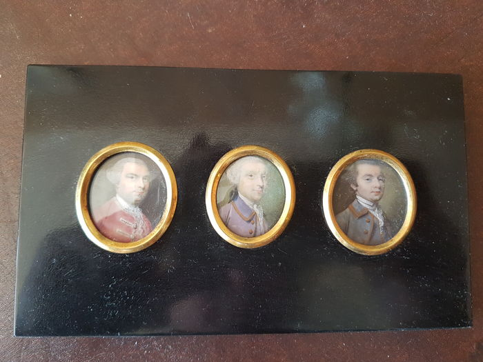 Ripley brothers - Board with 3 miniatures - England - circa 1759