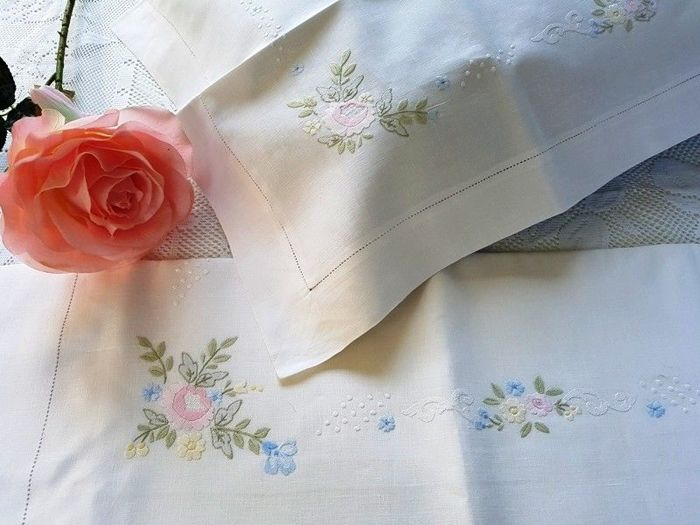 Museum quality double bedsheet made of pure linen with satin stitch hand embroidery