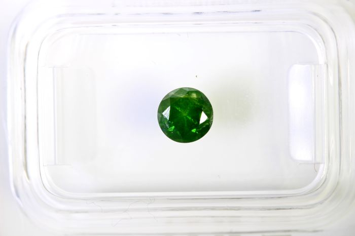 * NO RESERVE PRICE * - Fancy Deep Green  Diamond - (Colour Treated) - 0.47 ct