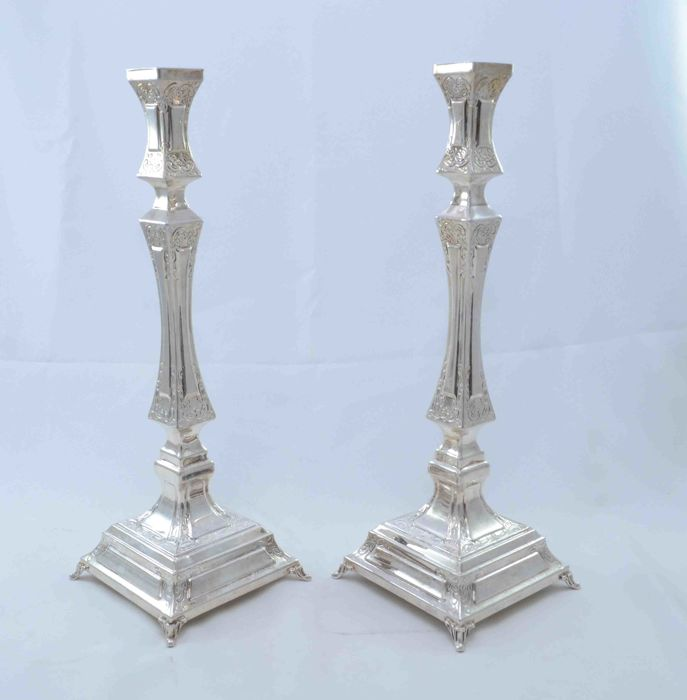 A pair of sterling silver candlesticks - Bandini - Italy - ca. 1940/50