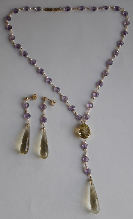 Necklace and earrings in 18 kt gold and precious stones - necklace with pendant: 44 cm, earrings: 6.4 cm