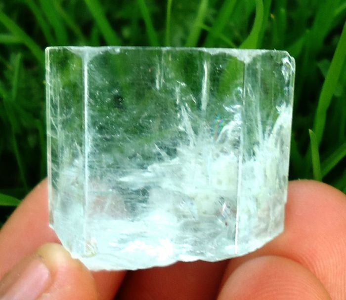 Aquamarine (light blue variety of beryl) Crystal - 2.7 x 2.8 x 1.9 cm - 28 g