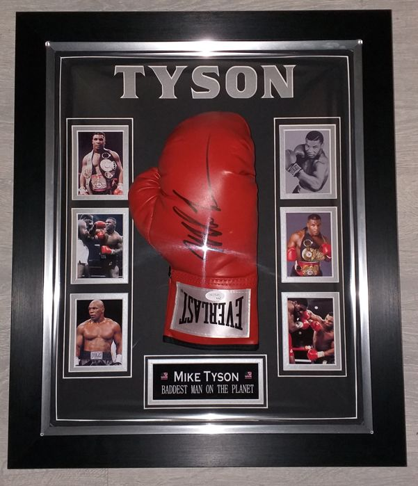 f13273b9649 Mike Tyson signed Everlast boxing glove in dome + COA (JSA) James Spence  Authentication