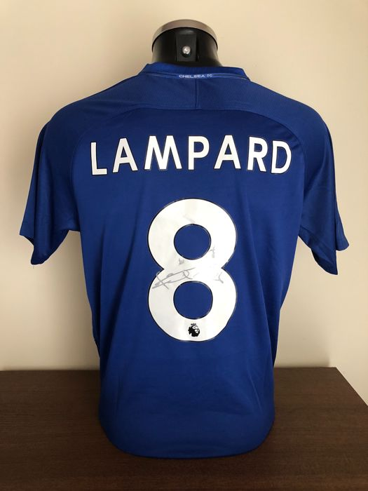 Frank Lampard signed Chelsea Fc home shirt with photo of the moment of  signing and COA 2b135ce54
