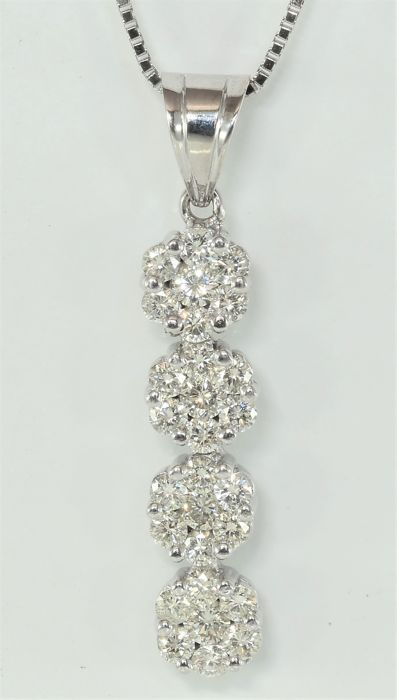1.88 ct diamond pendant with chain in 18 kt white gold