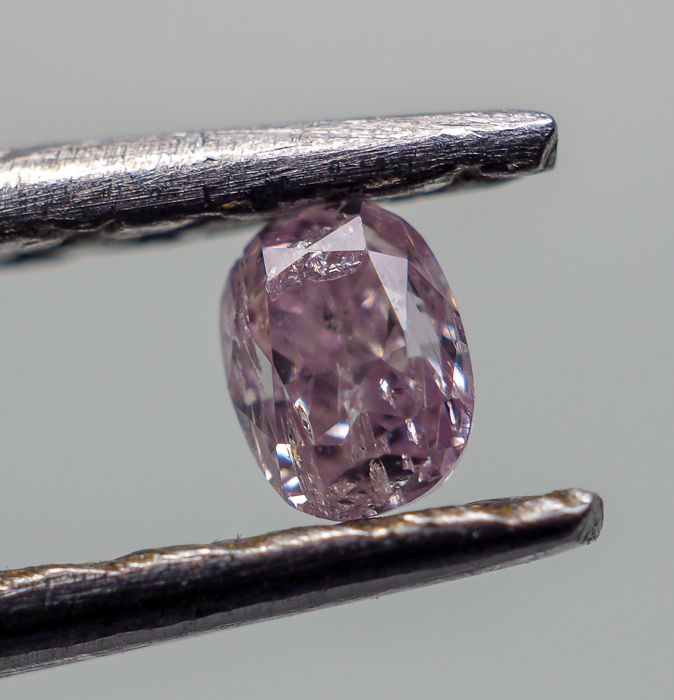 0.06 ct - Natural Fancy Diamond - Pink - I1 *NO RESERVE*