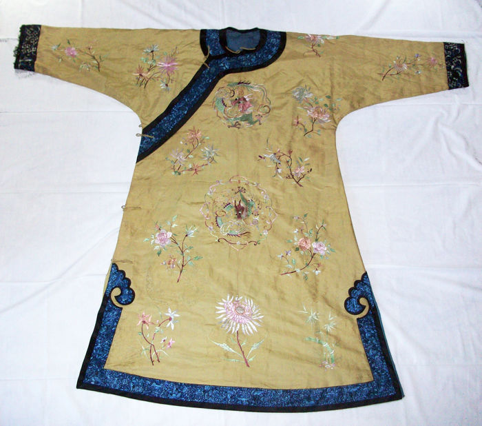 Manchu Noblewoman´s informal  silk Robe - Brocade and embroidered  - China - Late Qing 1875
