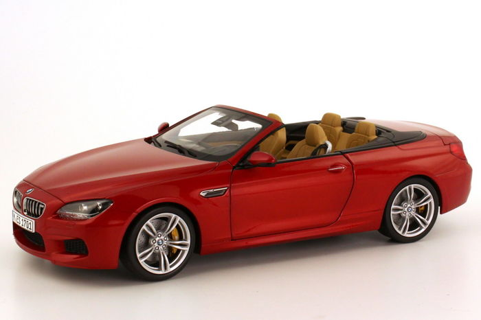 Paragon - 1:18 - BMW M6 Convertible - Kleur Sakhir Orange