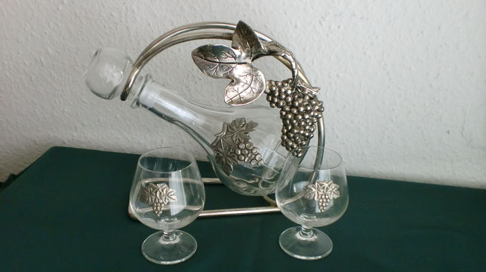 Wine set - decanter and 2 glasses, glass with bottle stand, very good condition