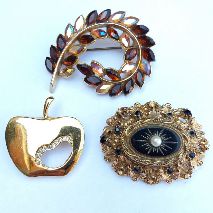 A Trio of Vintage Signed Brooches by Sphinx and H M Vendome
