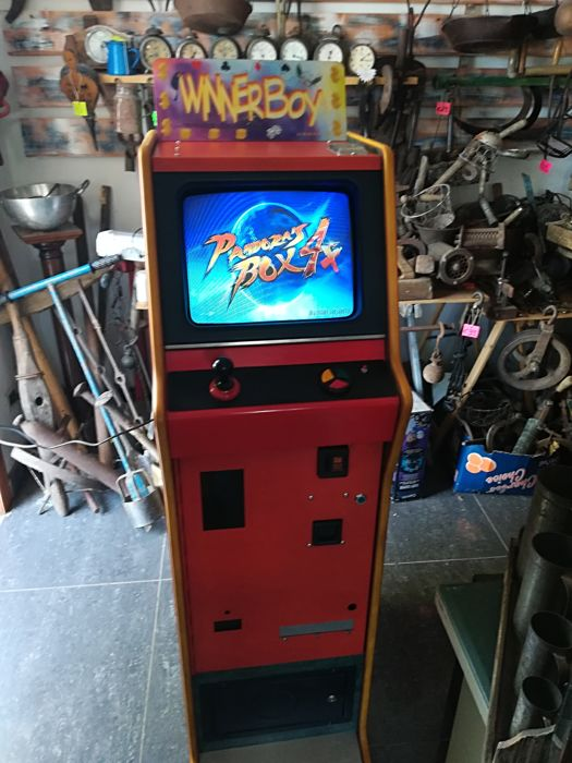 Box Tv videogames for bars and amusement arcade complete with 750 different games