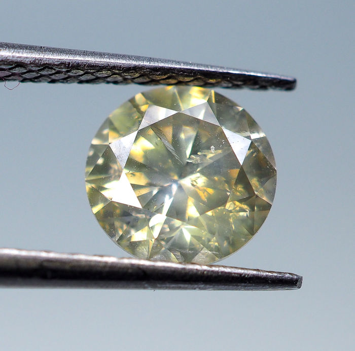 1.22 ct - Natural Fancy Diamond - Greenish Yellow - I1 *NO RESERVE*
