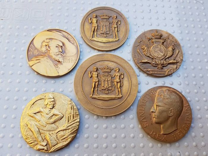 Collection of bronze medals - among others: Rubens 1577-1640