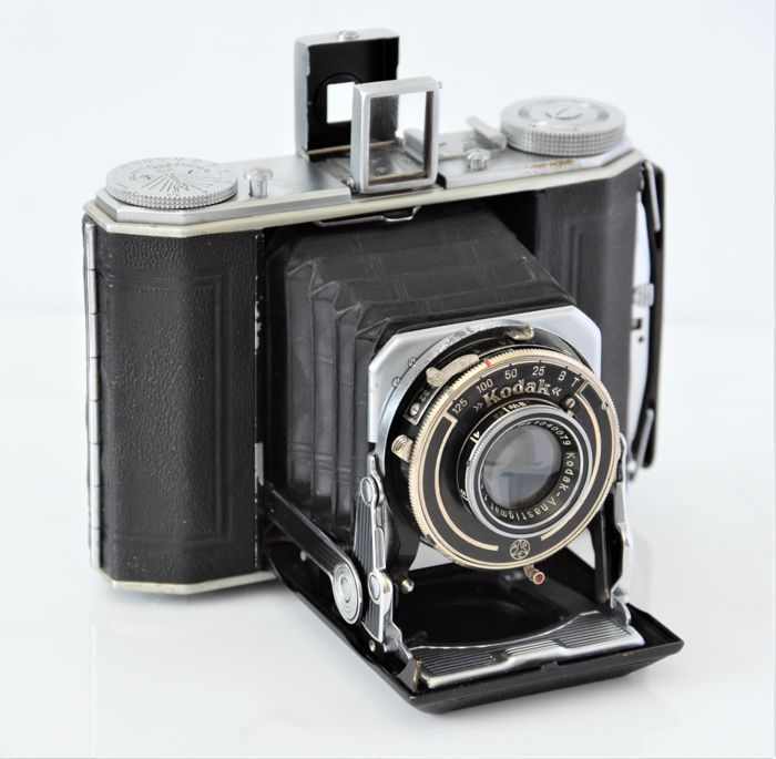 1934  KODAK  'Six-20 Duo'   Series II  Folding Camera.