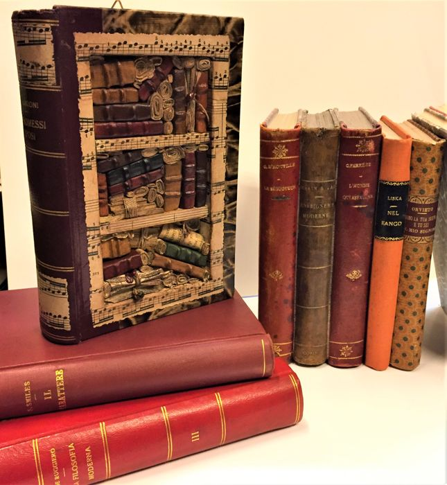 Mini bookcase with fake books - XX secolo