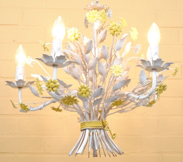 Italian wrought iron flowers with five light points.