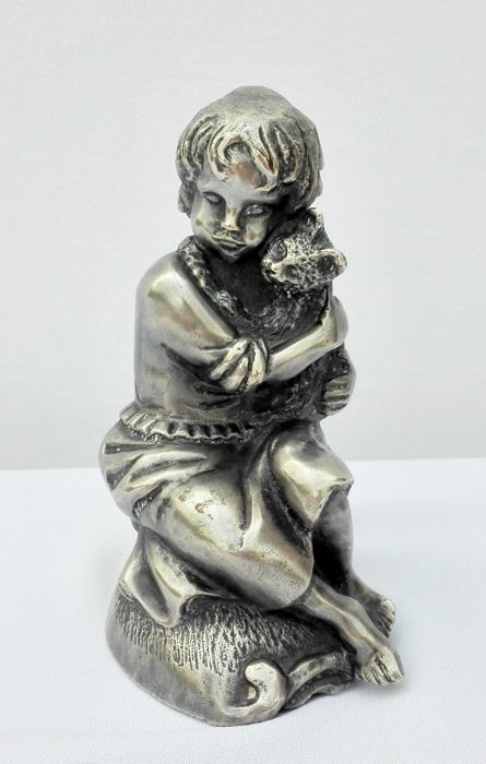 Juan Clara (after?) - Silver plated statue of a girl with a cat