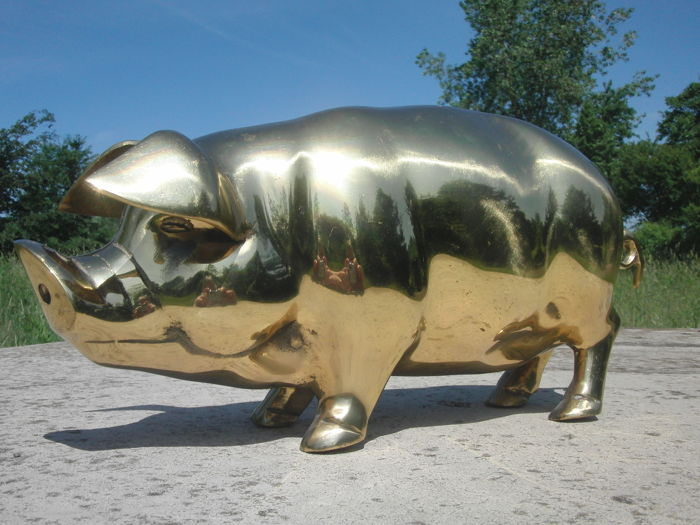 Large size copper pig from butcher's shop