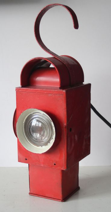 An alarm/signal lamp for the railways, ca 1930, Netherlands