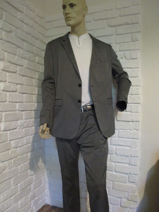 HUGO BOSS - chic and elegance - Suit