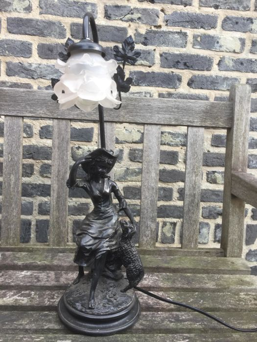 A beautiful bronze Table Lamp - Shepherdess, signed Mario Pegoraro, mid 20th century