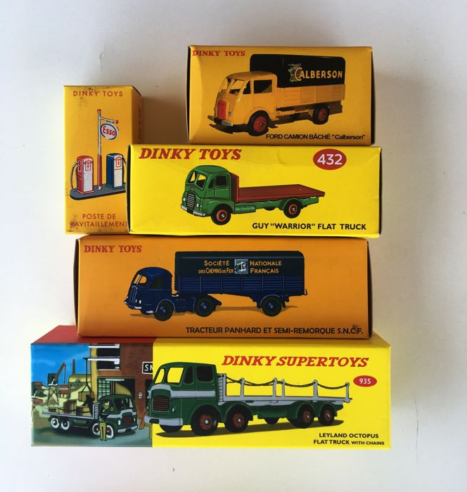Dinky Toys - 1:43 - Atlas Lot 5 Models