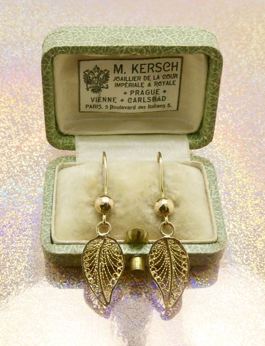 "Perfect condition African modernist ""Ashanti gold "" gold leaves earrings - NO Reserve, ca. 1940's"