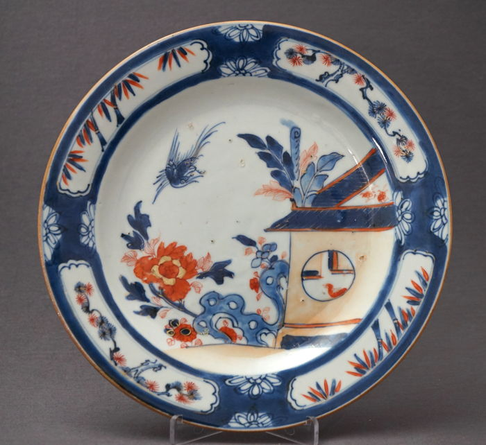 "Imari plate with a ""Cuckoo in the house"" decoration - China - 18th century"