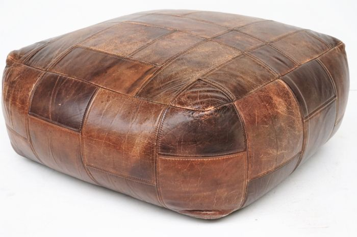 Producer unknown - large vintage leather pouf