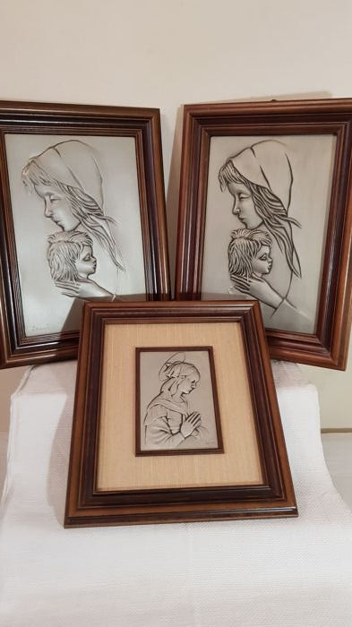 3 beautiful pewter pictures representing two maternity scenes and Our Lady - with elegant frame - Italy, second half of the 20th century