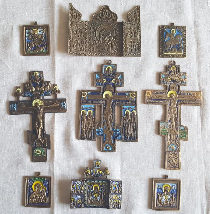 Orthodox Russia - 4 icons + 3 cross + 2 travel icons - all made of brass - everything 9 pieces