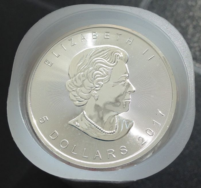 Canada -  2 Meaple Leaf,s   2017 -  2 oz. .999 zilver