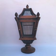 Special beautifully designed canary cage