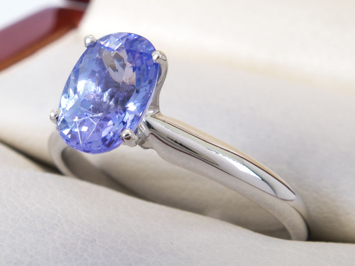 1.18 Ct solitair blue violet tanzanite ring - IGI certified - **NO Reserve price**