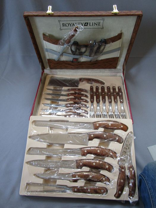 Royalty line - quality knife set (25 pieces) including Steak cutlery (12 pieces) - in original box - unused gift